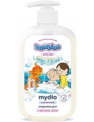 Bambino Mydło do Rąk dla Dzieci z Pompką Antybakteryjne z Pantenolem Owocowe 500 ml